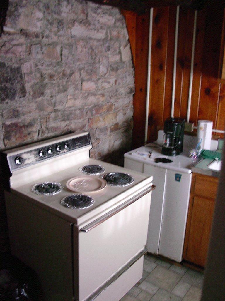 4x4 icon cabin 3 kitchen for Kitchen design 4x4