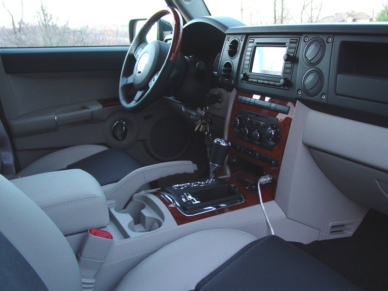 jeep commander 2007 interior. Black Bedroom Furniture Sets. Home Design Ideas